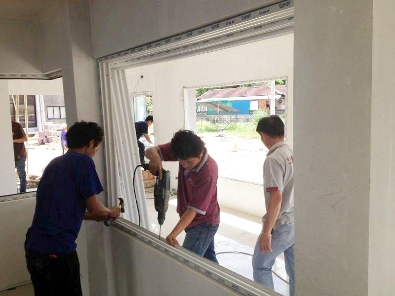ติดตั้งหน้าต่างบานเลื่อนสำเร็จรูป Vignet uPVC